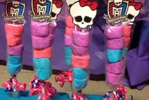 monster high party / by Sarai Beristain