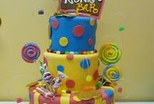 Cake designs / by Heidi Anne Hartman