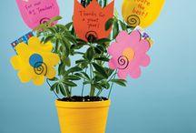 gifts for teachers/coworkers/volunteers / by Amanda Hammond