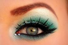 Makeupp / by Stephiee Cervantes