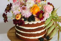 wedding cakes & treats / Beautiful cakes, unique treats & celebratory sweets  / by Anna Leigh