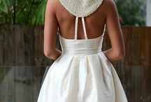 Short dresses / by Elizabeth Canchola