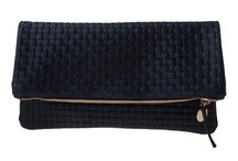 Clutches/Pouches/Wallets / by Jessica Sewell