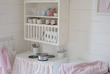 Kids  Rooms.... / by Lucila Sedano