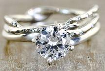 Diamonds are a girls BF / by Andrea Berretta