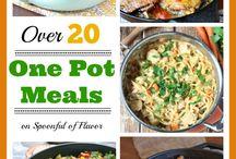 Crock pot meals / by Leslie Tarver