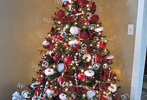 Decor - Christmas / by Tonya Hames