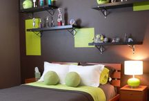 Middlest Bedroom Ideas / by Karen Mayo-Shanahan