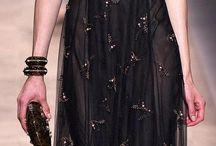 Love dresses / by Mari Garza