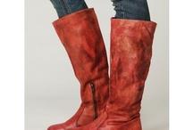 Shoesssss / by Megan Nevels