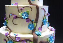 fondant cake / by israwati ismail