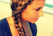 Hair Styles / by Alyssa Thompson