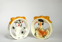 Awesome Salt & Pepper Shakers 2 / Just love these cuties! / by Ellens Attic Treasures