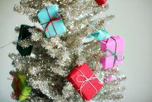 Small theme Xmas tree / by Debby Blundell Johnson