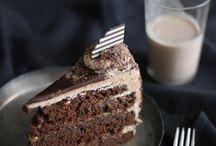 Desserts: Cakes and pies / by MijoRecipes