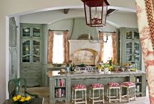 Dream Kitchens / by Linda Clark