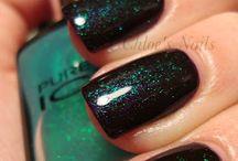 Sweet Nails / by Jennifer Menia