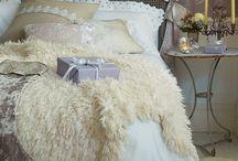 Dream home: bedroom / by Desirée Boom