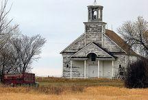 CHURCHES / by Vicki Sartori