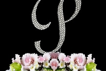 Cake Toppers: Monograms / by Paula Rodrigues