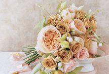 Pretty Flowers / by Kelly Dolata