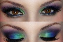 Eyes, Nails, Hair / by Barbara Holloway