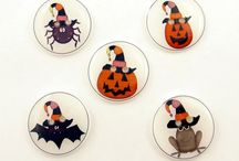 Halloween / Primitive Halloween ideas.  / by Robin Young