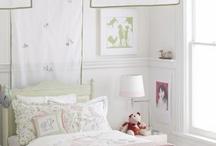 Girl's Room / by Ellen Cohen