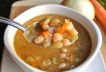 Soup Recopes / by Sheryl Pardy