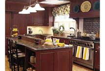 Kitchens / by Heather Turner