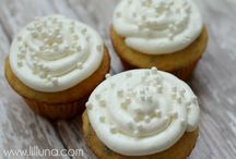 Frosting Recipes and DecoratingTips / by Brenda Muller