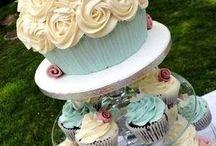 Fancy Cakes and Cookies / by Julie Yaverski