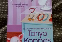 Kappes book sightings / There is nothing more exciting than seeing my books in the hands of readers :)  / by Tonya Kappes