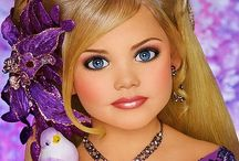 Toddlers and Tiaras / LOVE pageants! / by Dawn's Darlings Daycare