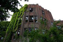 Abandoned places / by AprilJo Bertalot-Klumb