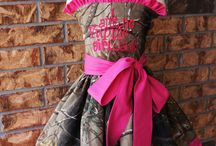 Dresses for jacque / by Jessica Farmer