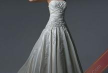 Wedding dresses / by Megan Hathaway