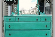 Refinishing Furniture / by Julianne Ballington