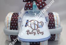 Gift Baskets and Similar / Gift Baskets, diaper wreaths, etc / by Kelly Serfes