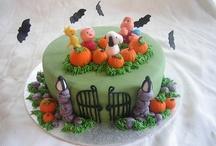 Cakes & Mo' / by Monica Gonzales-Hamilton