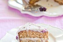 Cakes: gluten-free / by Rachel Suntop