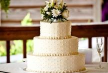 Wedding Cake Ideas / by Ericka Stam