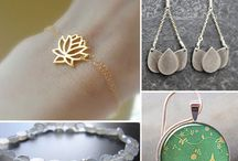 Jewelry / by Becca Zimmeowman