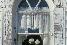 Shabby happy / I dont have a shabby chic home  but I love this dreamy, romantic look / by Nestle`