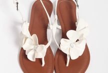 Summer shoes / by Stephanie Wynne