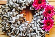 Wreaths / by Paula Corbeil