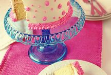 Cakes and such / by Chrissy Rascoe