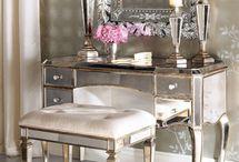 Dressers/Vanity Desks / by Ceren Karaca