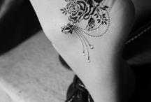 Love It's / by Stephanie Hardesty