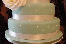 Bake me a cake / by Trina Pearson